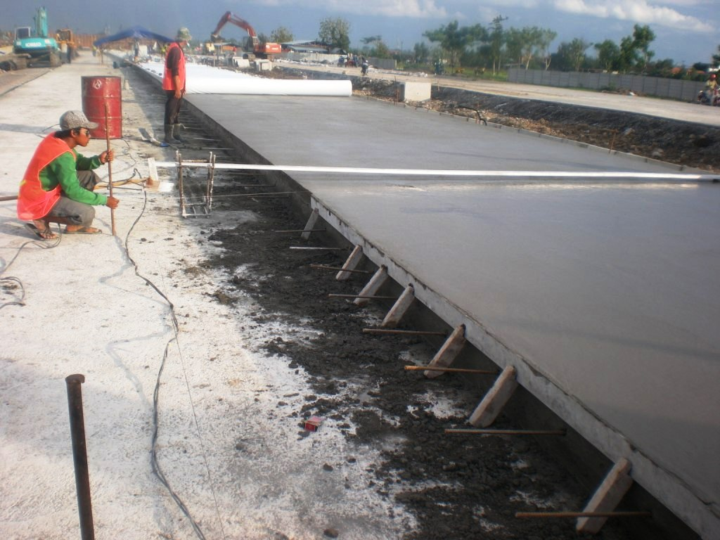 2009_Pengawasan Teknik Pembangunan jalan Tol Solo - Kertosono-1